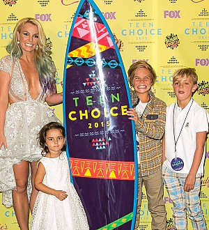 Britney Spears writes touching message to sons