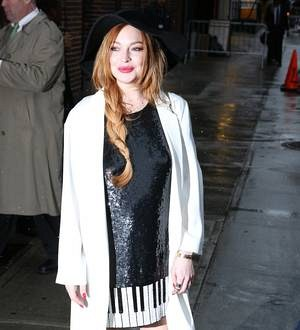 Lindsay Lohan on course to complete community service in time - report