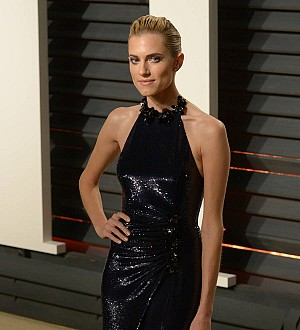 Allison Williams Receives More Male Attention Since Going Blonde