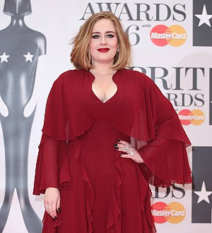 Adele to sign a $130 million record deal - report