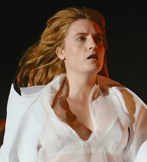 Florence + The Machine star broke her foot at Coachella