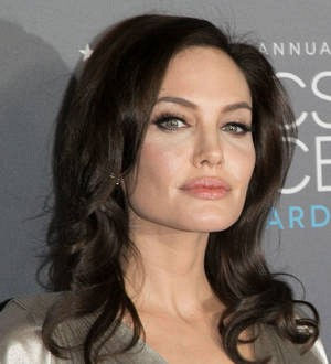 Angelina Jolie urges African leaders to stand up for women's rights