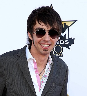 Country star Mo Pitney is a new dad