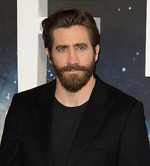 Jake Gyllenhaal refuses to discuss Taylor Swift romance in awkward interview
