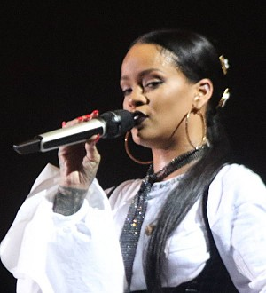 Rihanna picks up Shoe of the Year title