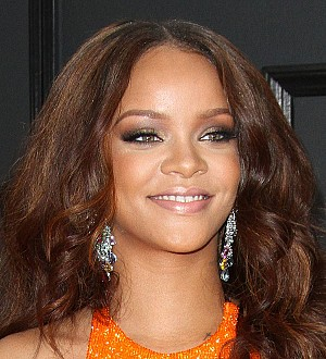 Rihanna's charity to benefit from Dior T-shirt sales