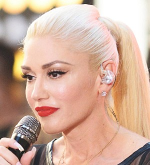 Gwen Stefani becomes the new face of Revlon