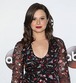 Scandal star Katie Lowes winning battle with psoriasis