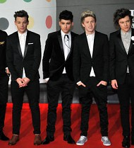 One Direction to donate tour proceeds to charity