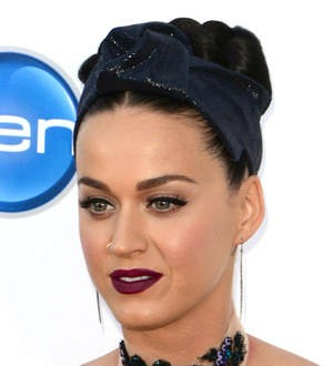 Judge in Katy Perry convent dispute brands nuns' sale 'invalid'