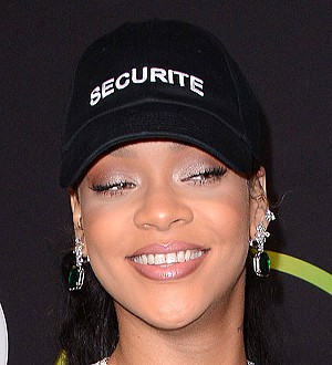 Rihanna breaks U.S. chart tie with Michael Jackson