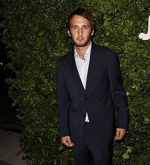 Sean Penn's son joins top modeling agency