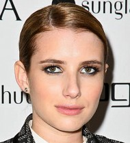 Emma Roberts: 'Jennifer Aniston's pole dancing is hot'