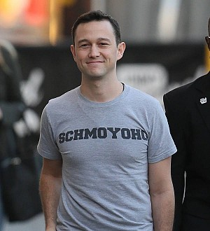 Joseph Gordon-Levitt to be a dad again