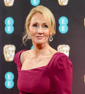 J.K. Rowling apologizes for killing off Professor Snape