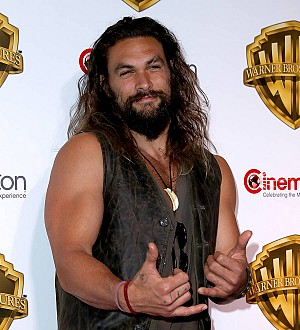 Jason Momoa honors fighter pal with Haka war dance