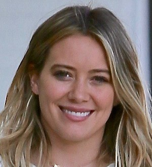 Hilary Duff is no good at dating