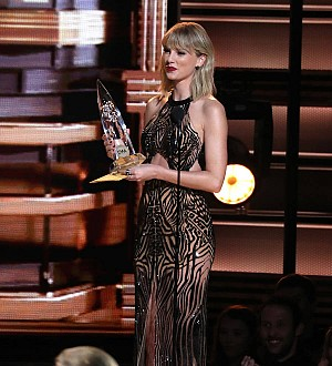 Taylor Swift: 'Gigi Hadid is my own personal agony aunt'