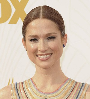 Ellie Kemper to be a first-time mom