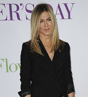 Jennifer Aniston slams 'distracting' social media