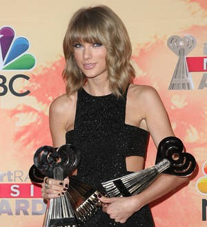 Taylor Swift and Sam Smith lead Billboard Music Awards