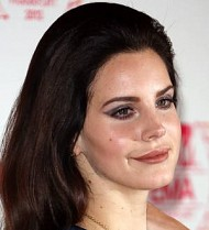 Lana Del Rey giving away money to innovative thinkers