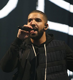 Drake teams up with Skepta and Giggs for surprise London gig