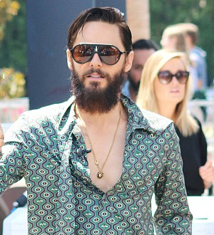 Jared Leto honors Chester Bennington and Chris Cornell at MTV Video Music Awards