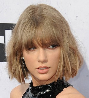 Taylor Swift cries during groping trial's closing arguments