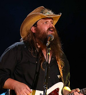 Couple weds at Chris Stapleton gig