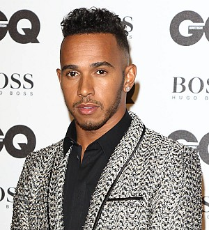 Lewis Hamilton records duet with model girlfriend