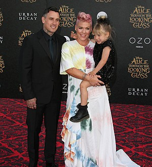 Pink taking care to put big sister Willow first