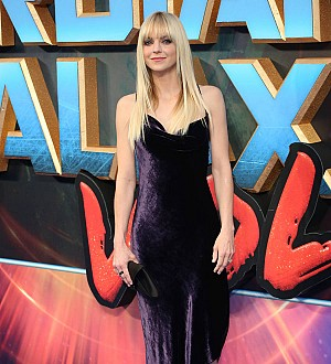 Anna Faris thanks fans for support after shock marriage split