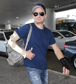 Jeremy Renner nursing fractured elbow and wrist from Avenger injury