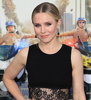 Kristen Bell helps highschool student snag prom date