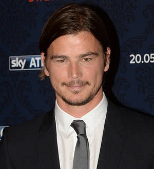 Josh Hartnett embarrassed by John Kerry campaign experience