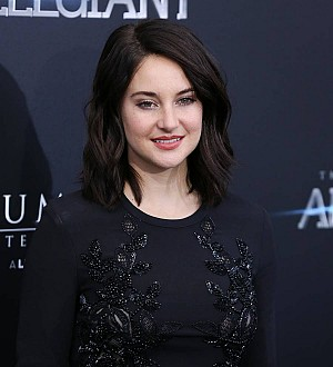 Shailene Woodley sent Oliver Stone a thank you note for Snowden film