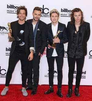 Hillary Clinton tweets support for One Direction's Action 1D campaign