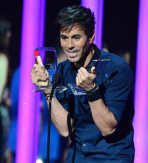 Enrique Iglesias has not introduced girlfriend Anna Kournikova to his father