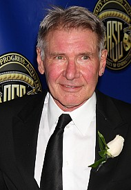 Harrison Ford Confirmed to Return as Han Solo!