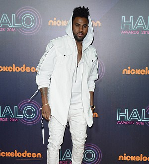 Jason Derulo accuses American Airlines of 'racial discrimination'