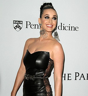 Katy Perry's cryptic musical tweet after Orlando and Selena pictures
