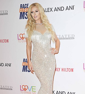 Paris Hilton: 'I invented the selfie'