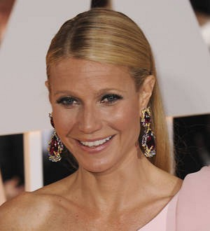 Gwyneth Paltrow designing hip-hop inspired clutches