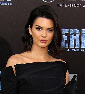 Kendall Jenner fires back after bar accuses her of leaving no tip