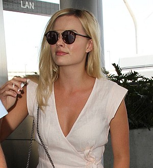Margot Robbie: 'Technology freaks me out!'