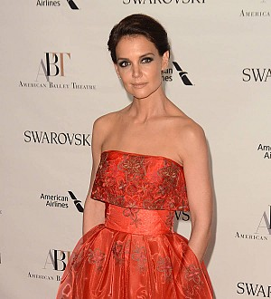Katie Holmes enrolls at Harvard Business School