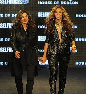 Beyonce heaps praise on her mother for Wearable Art Gala success