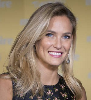 Bar Refaeli to wed in September - report