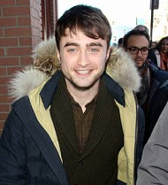Daniel Radcliffe romancing Kill Your Darlings co-star - report